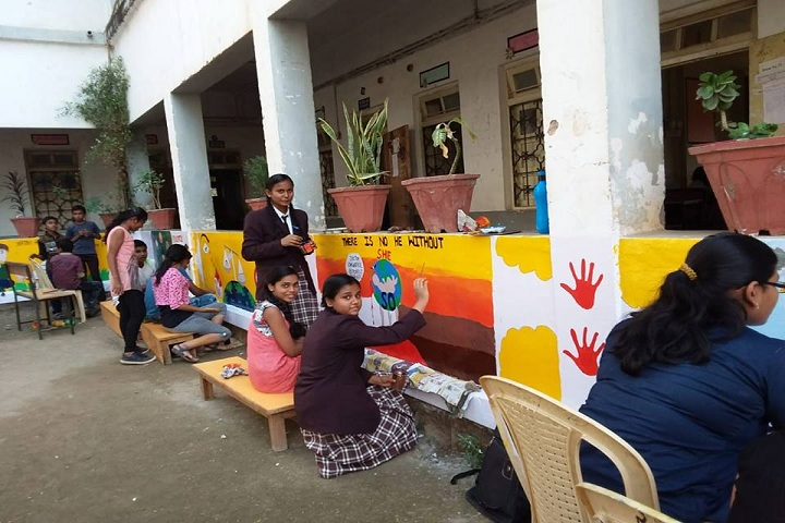 Ramabai Deshmukh Public School-Art craft