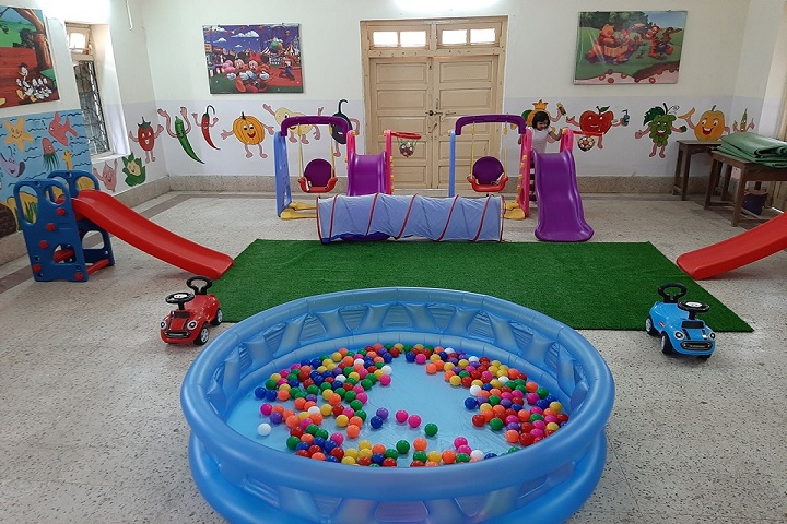 Ramabai Deshmukh Public School-Kinder paly house