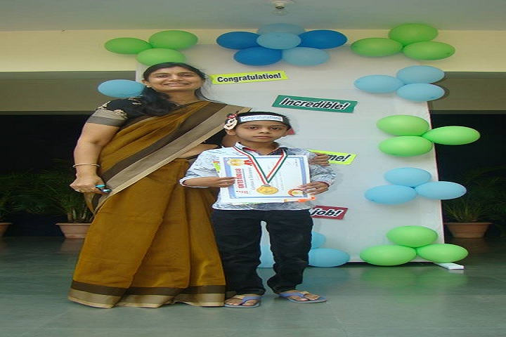 Rustomjie International School-Prizes