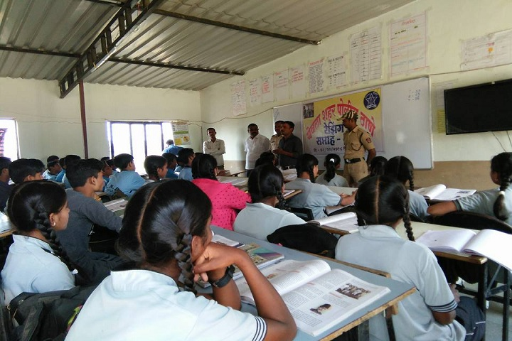 S N D English Medium Public School-Classroom