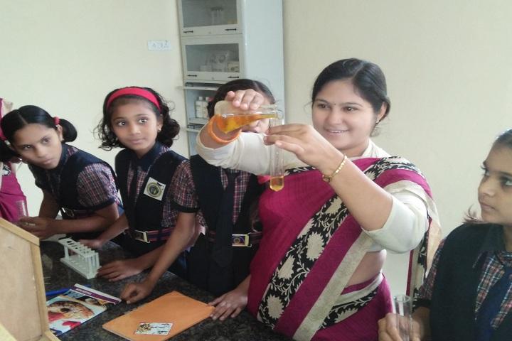 Scholars International School-Chemistry lab