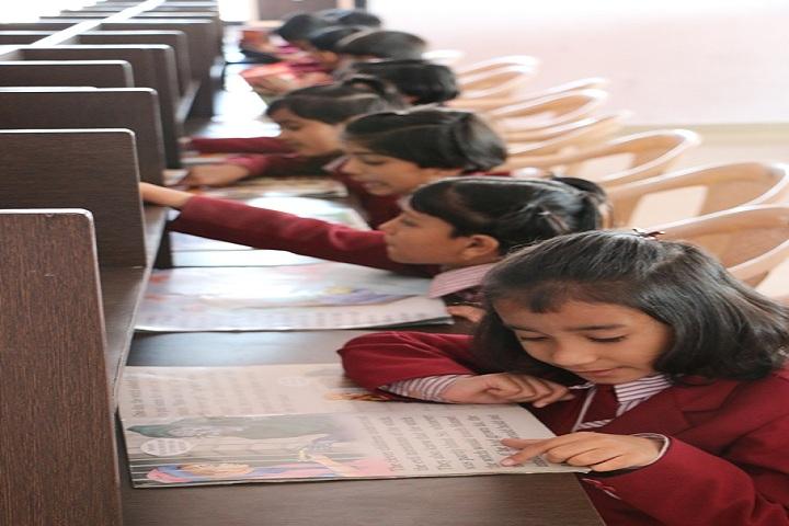 Sharada International School-IT Lab