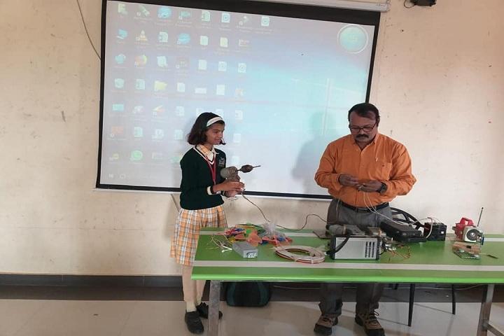 Shinde International School-Laboratory