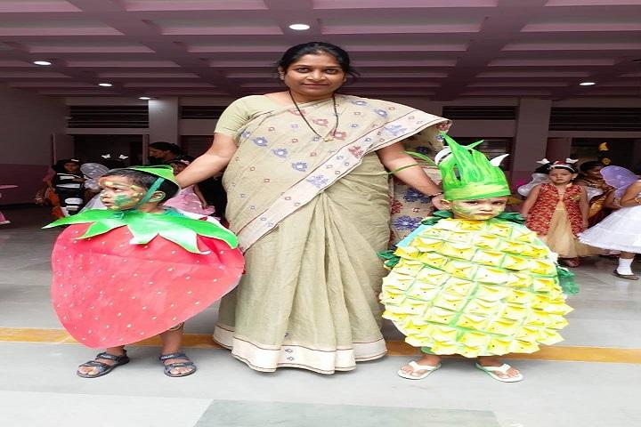 Shreemant Shivajiraje English Medium School-Fancy Dress Competitions