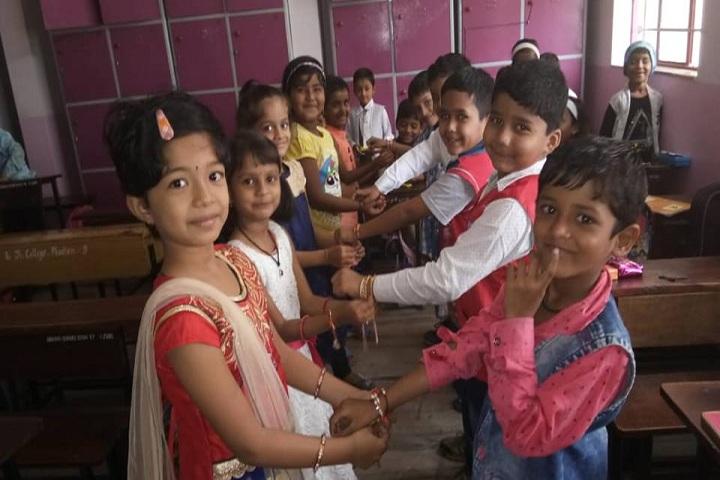 Shreemant Shivajiraje English Medium School-Rakhi Celebrations