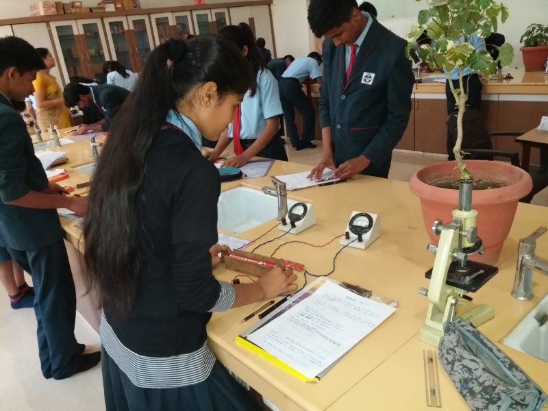 Shri Bankatlal Lahoti English School-Science Lab