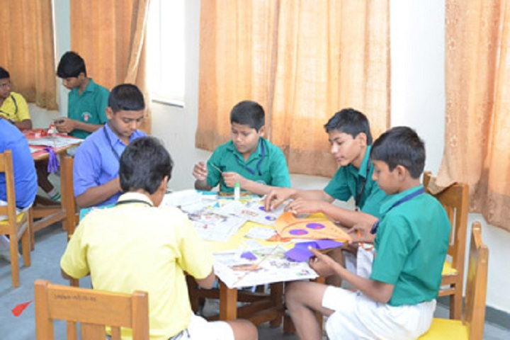 Sinhgad Public School-arts and crafts