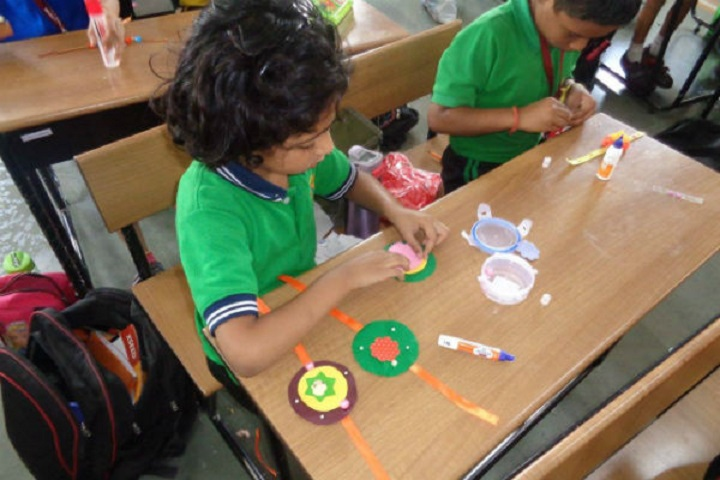 Smt Prayag Karad English Medium High School-Rakhi Making Competitions