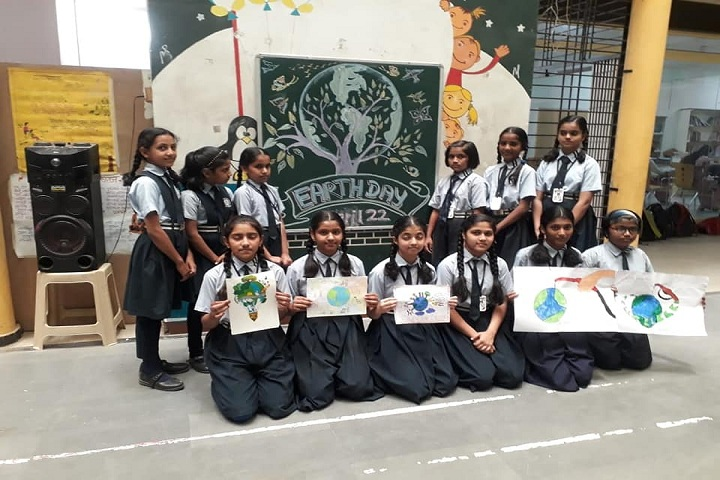 Swami Vivekanand Integration English School-Earth Day