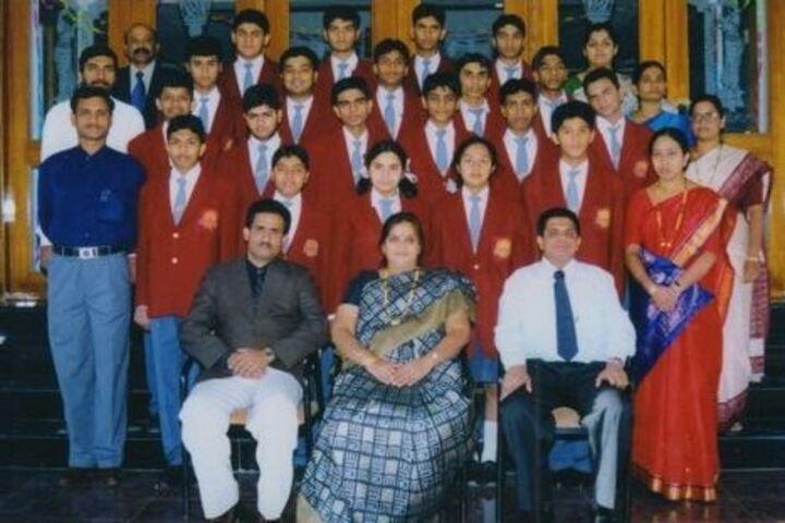 Sweet Memories School-Group Photo