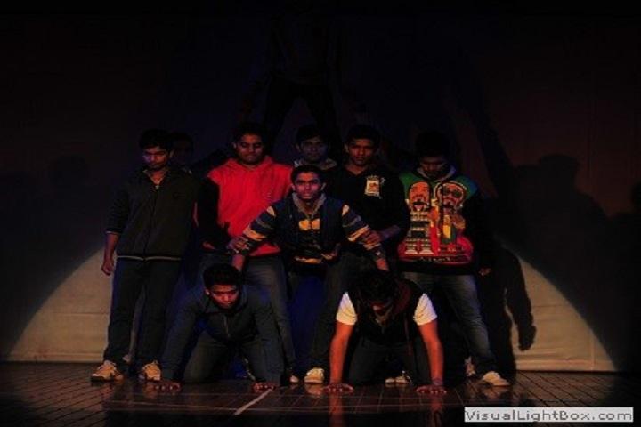 Sweet Memories School-Dance