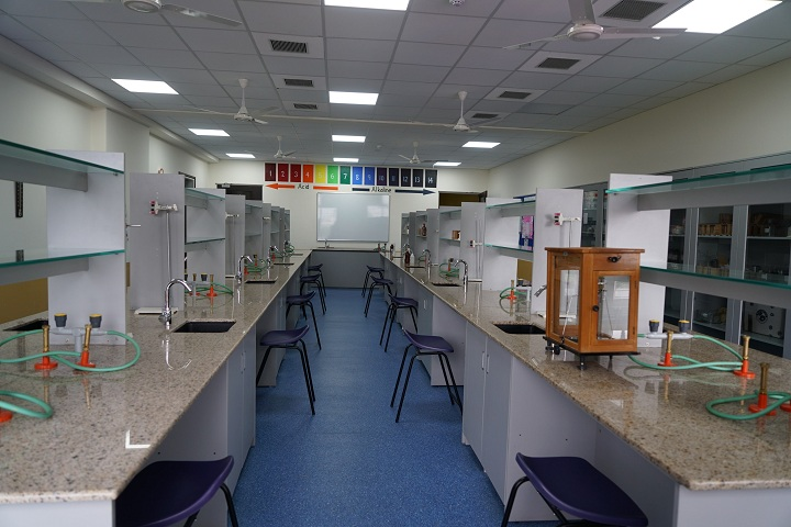 The Kalyani School-Chemistry Lab