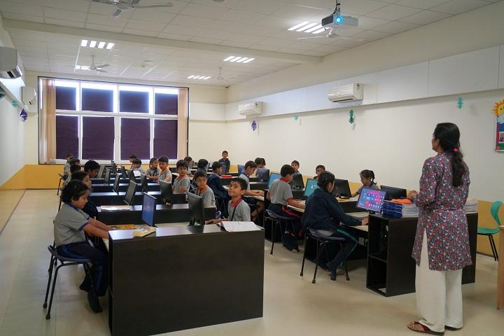 The Kalyani School-Smart Class