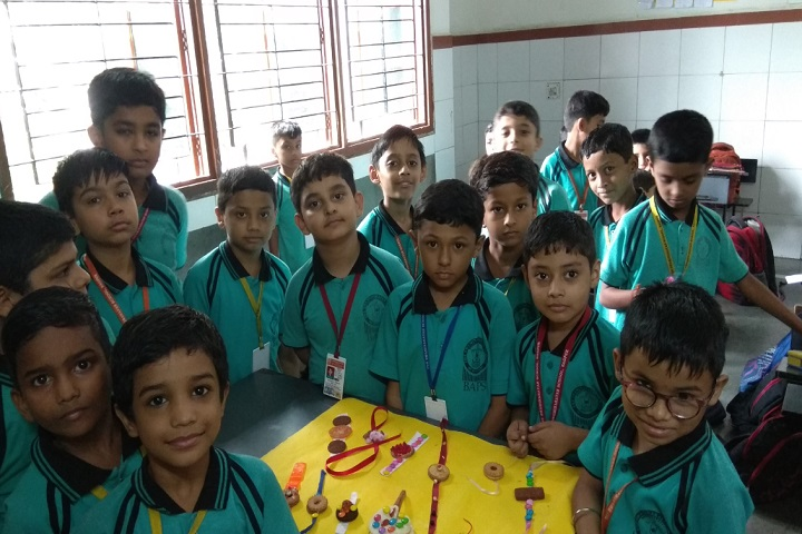 The Swaminarayan School-Rakhi Making