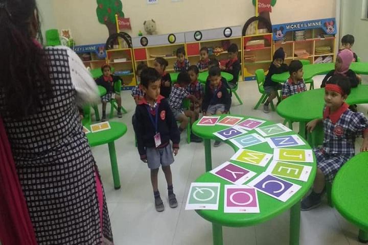 Vidya Pratishthans Dr Cyrus Poonawalla School-Kids Class