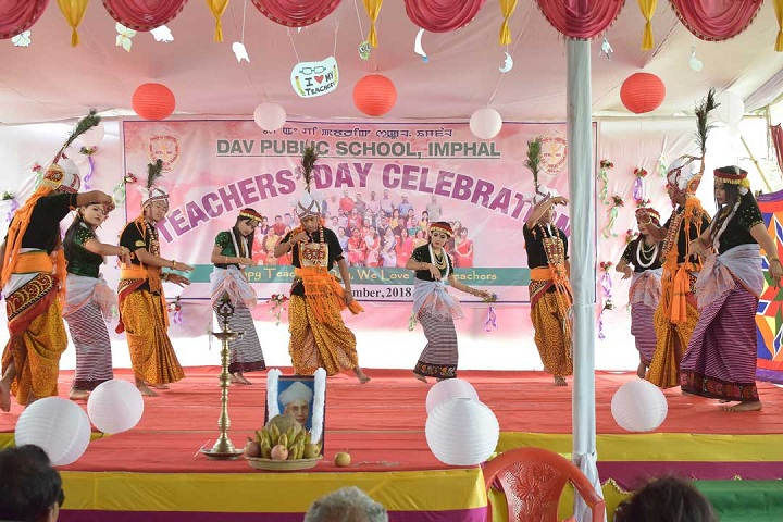 Dav Public School-Events dance