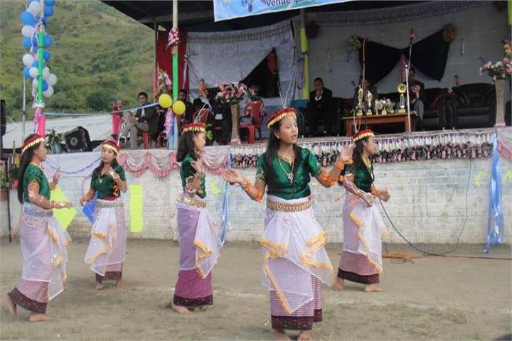 Ideal English School-Events dance