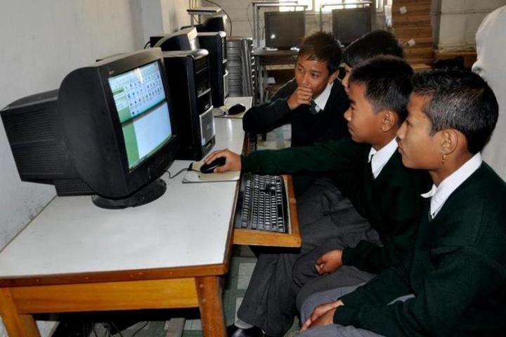 Manipur Public School-Computer Lab