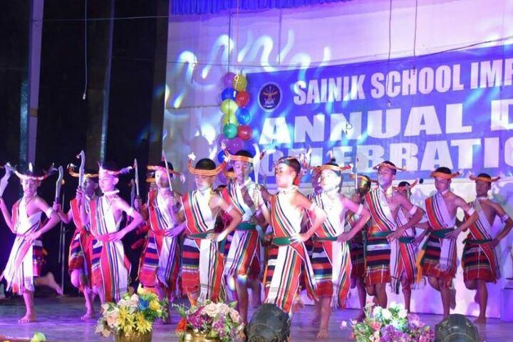 Sainik School-Dance