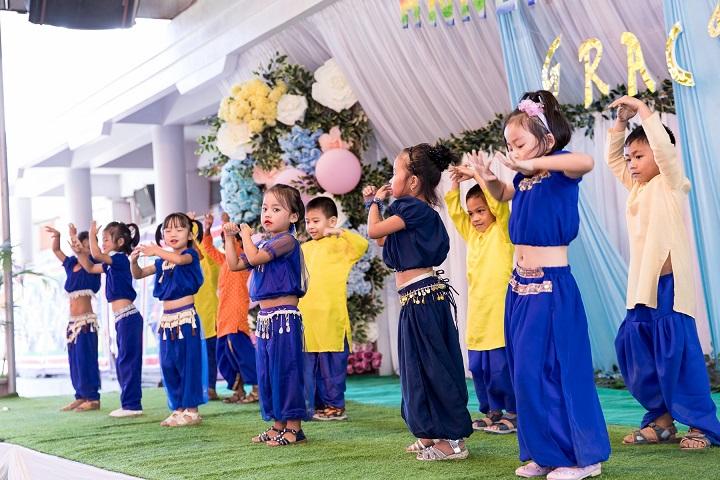 St Paul S Institute- Dance