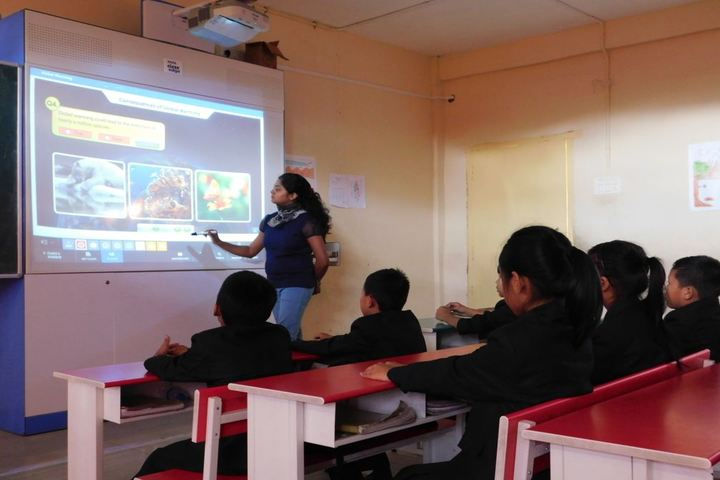 Dmi St Joseph Global School-Digital classroom