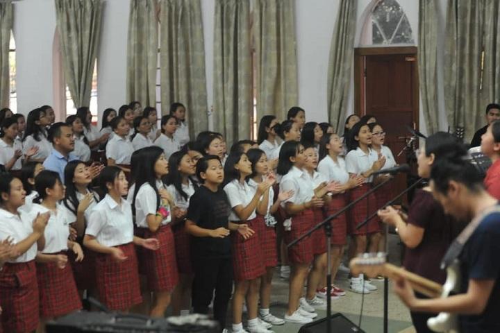Livingstone Founder Higher Secondary School-Worship Night
