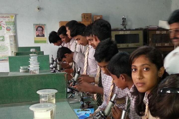 Doon Senior Secondary School-Laboratory