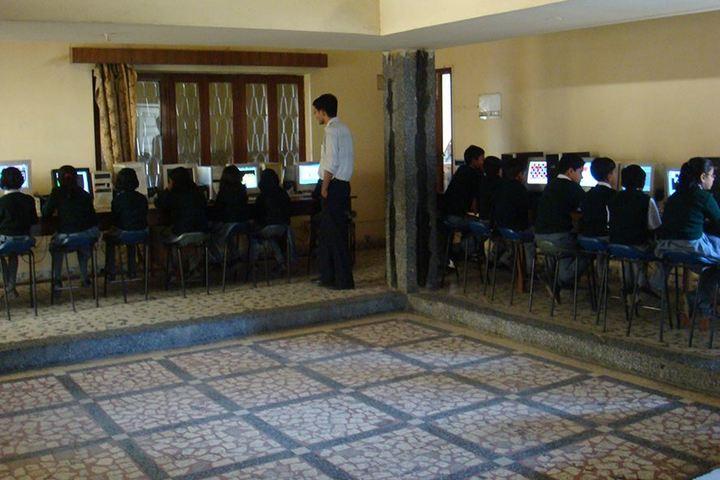 Elegant Public School-Computer Lab