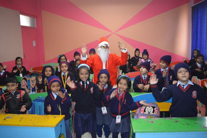 G D Mothers International School-Christmas Celebrations