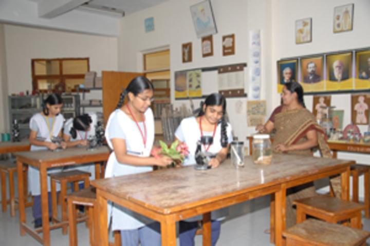 Akshara School-Biology Lab