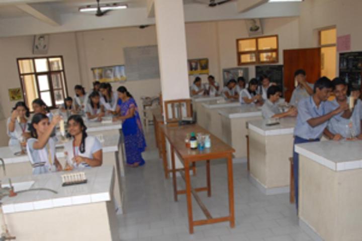 Akshara School-Chemistry Lab