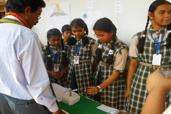 St Xaviers High School-Physics Labs