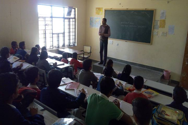 Swami Vivekanand Government Model School-Seminar
