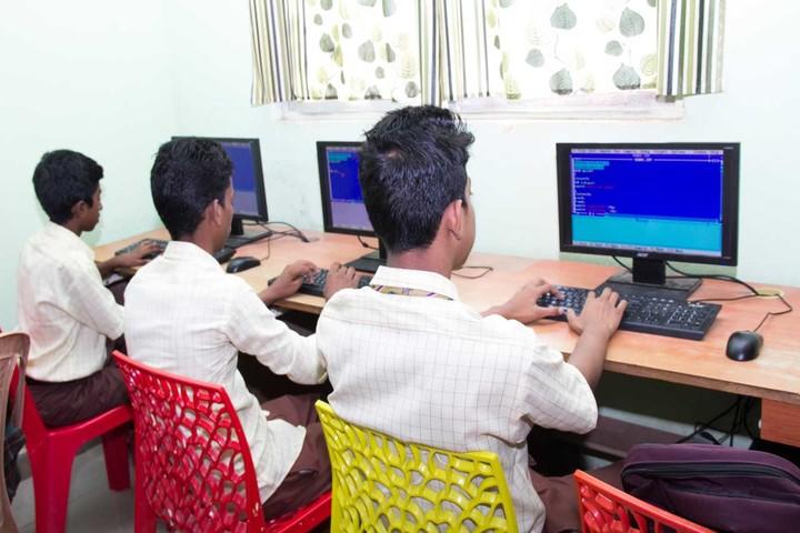 Times Scholars Gurukul khurda-Computer Lab