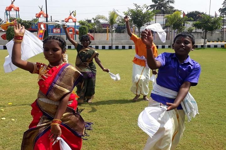 Aditya Vidyashram-Pongal Celebration Dance