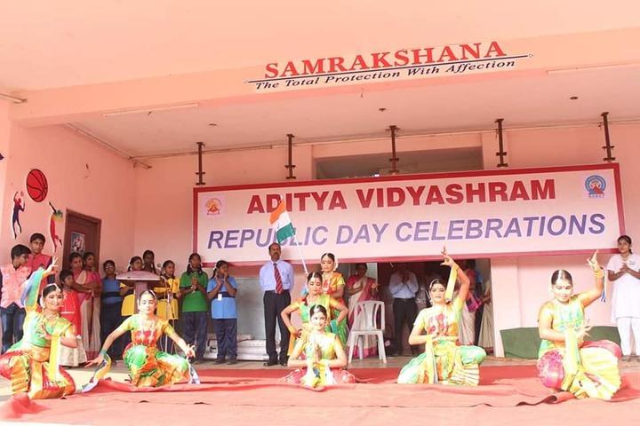 Aditya Vidyashram-Republic Day Dance