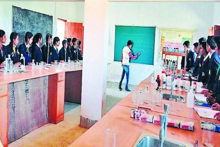 Gurukul-Chemistry Lab