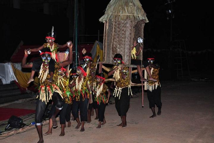 St Joseph Of Cluny School Cbse - Tribal wear