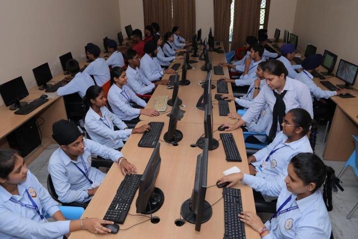 Aadesh International School-Computer Lab