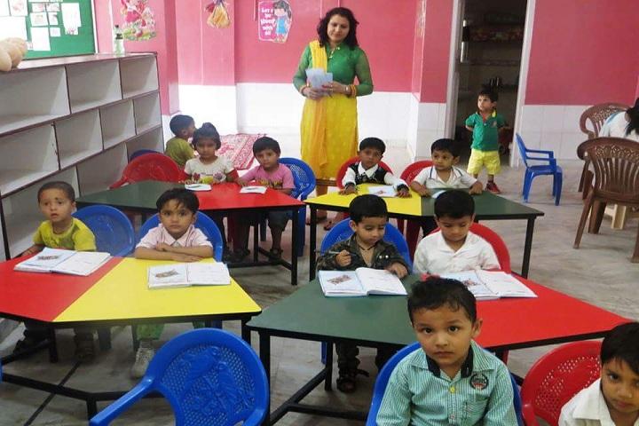 Aadhar Public School-KG classroom