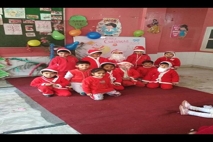 Aadhar Public School-X Mas