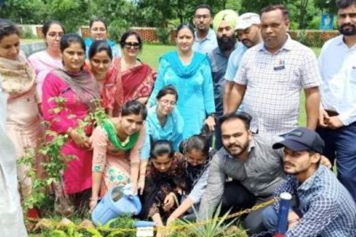 Akal Academy-Tree Plantation