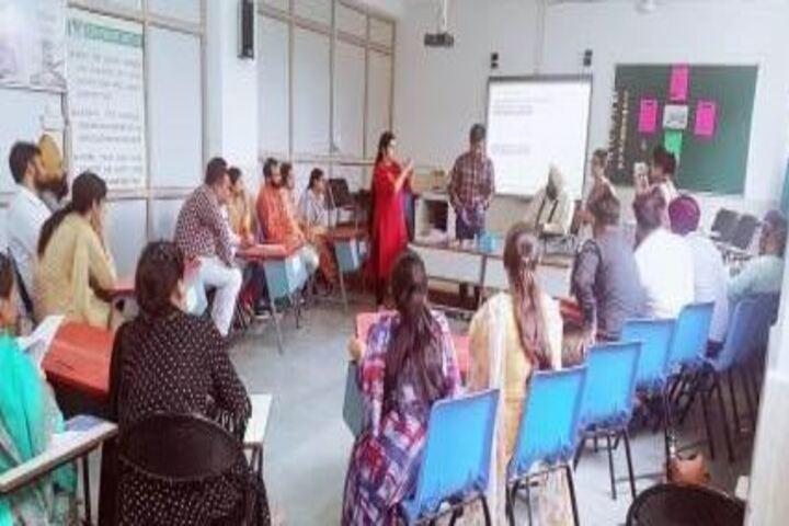 Akal Academy-Digital Classroom