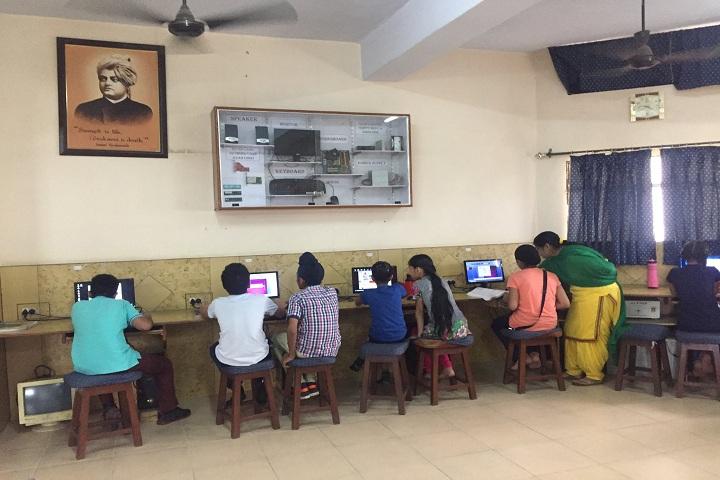 Baba Farid Public School-IT-Lab