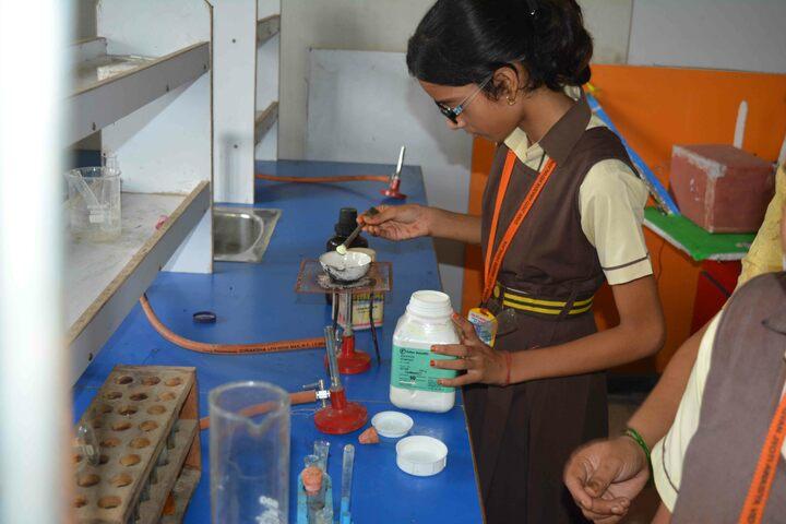Gyan Jyoti Awasiya Vidyalaya-Chemistry Lab