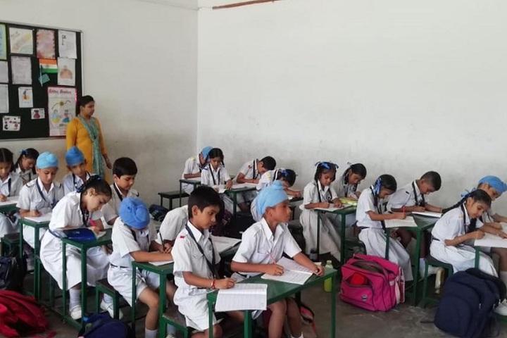 Baba Gandha Singh Public School-Classroom view