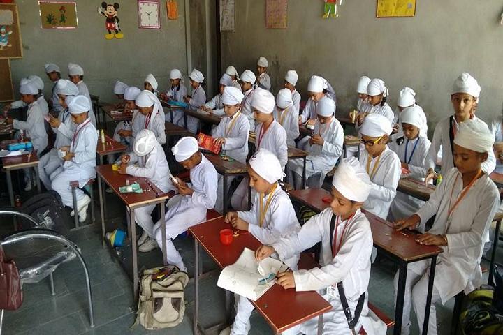 Baba Wadhawa Singh Ji Vidya Kender-Classroom