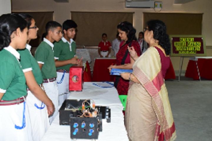 Bawa Lalvani Public School-Lab