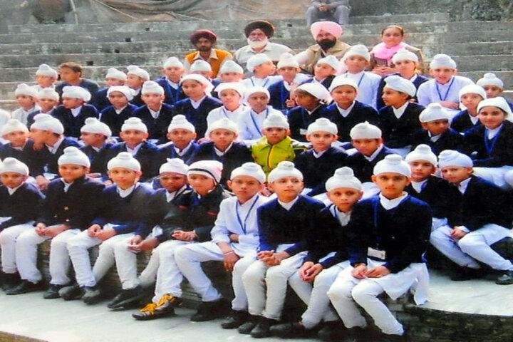 Bhai Daan Singh Akal Academy-Students