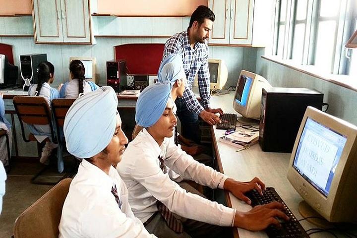Bhai Mastan Singh Public School-IT-Lab